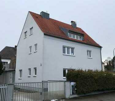 Ein-/Zweifamilienhaus mit Gewerbefläche