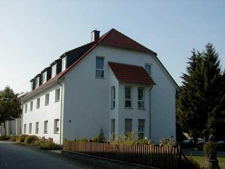 Gepflegte DG-Wohnung mit drei Zimmern und Einbauküche im Zentrum von Rüthen