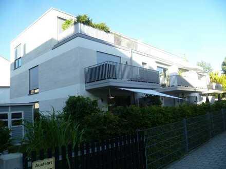 Helle, neuwertige 3-Zimmerwohnung mit Dachterrasse, zentrumsnah und sehr g