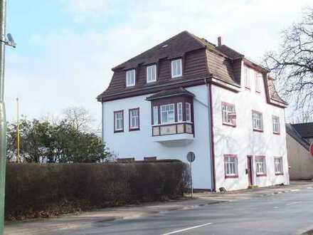 ***Dömitz an der Elbe - schöne 3 Zi.-Wohnung im 2. OG im sanierten Altbau***