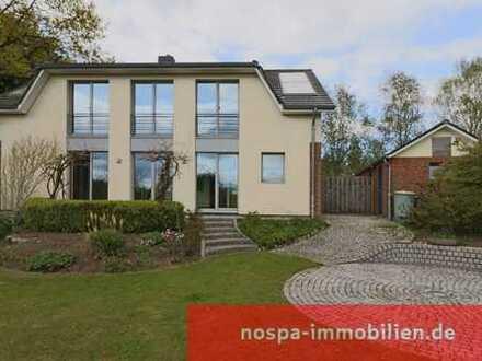 Architekten - Passivhaus mit viel Wohnfläche im Zentralort Viöl, auf der Achse Husum - Flensburg