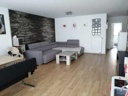 Neuwertige 3- Zimmer Wohnung mit großzügigen Balkon in Burlafingen