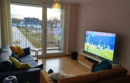 Moderne und geräumige 2-Zimmer-Wohnung mit Südbalkon und EBK in Bogenhausen