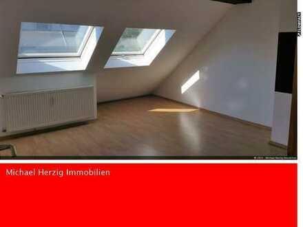 +++Schöne 2 Zimmer DG Wohnung mit Loggia in Wiebelskirchen+++