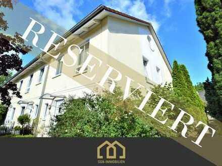 Reserviert: Borgfeld / Modernes 5-Zimmer-Reihenendhaus mit Sonnengarten und Carport in top Lage