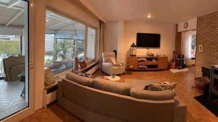 Großzügige, helle 4-Zimmer Wohnung mit Wintergarten/Garten in Biberach (Kreis), Laupheim