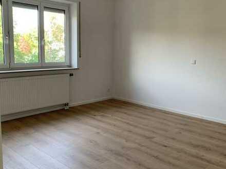 Modernisierte 3,5-Raum-Wohnung mit Balkon und Einbauküche in Heidenheim (Kreis)