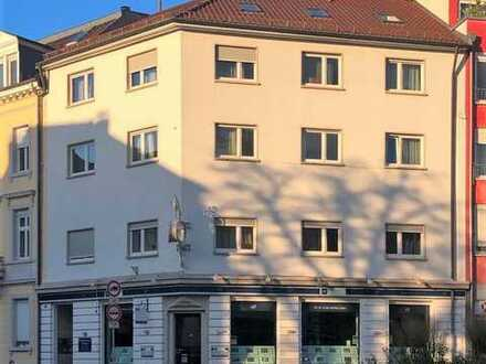 Großzügige möblierte Wohnung in zentraler Lage