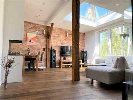 Exklusive Ausstattung und einzigartige Dachterrasse - Stylische Dachgeschosswohnung in Winterhude