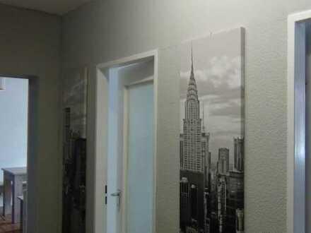 2-Zi.-Wohnung mit Balkon, EG, Maintal, 7 min. mit Auto bis Frankfurt