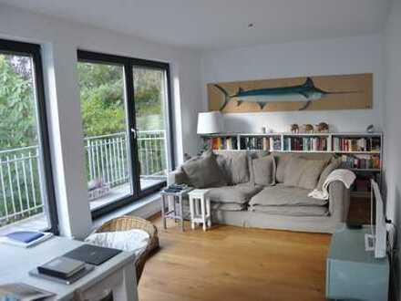 Exklusive 2-Zimmer-Wohnung mit Balkon und Einbauküche im Herzen von Nippes