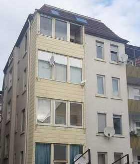 +++3 Zimmer-Altbau-Wohnung als WG oder Eigennutz mit 2,97 % Provision+++