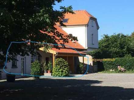 Niedrigenergiehaus-Standard, barrierearm, geräumig, ruhig, naturnah, sonnig, hell, tierfreundlich...