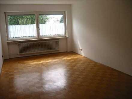 München (West/ Germering) 1-Zi-W. 40m² ab sofort, v.priv; kalt 640 €