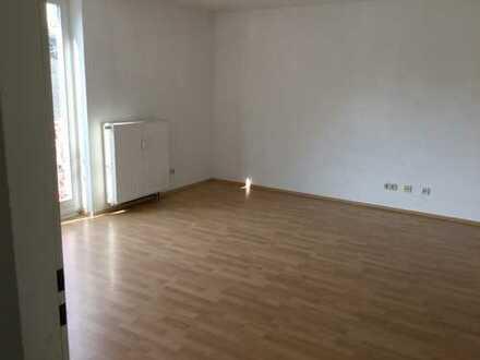 Helle, gemütliche 3-Raum-Wohnung in Euba