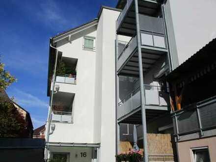 Sehr schöne 2 Zimmer Whg. mit Loggia in zentraler Lage von Oberkirch