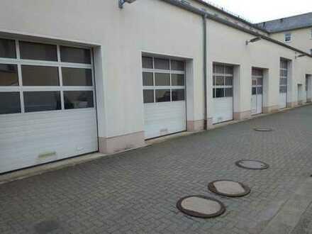 KFZ-Werkstatt / Gewerbeobjekt / Gewerberaum / Werkstatt / Büro