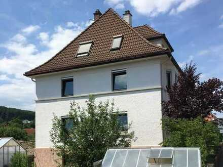 Schönes Haus mit 10 - Zimmern in Heidenheim-Mergelstetten,