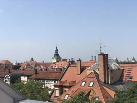 Rarität im Lehel - Dachterrassentraum mit Blick über die Altstadt und die Isarauen