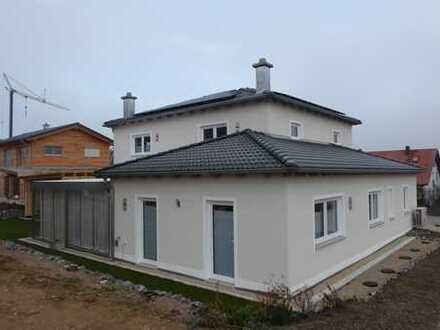 Ein-/Zweifamilienhaus in Pentling