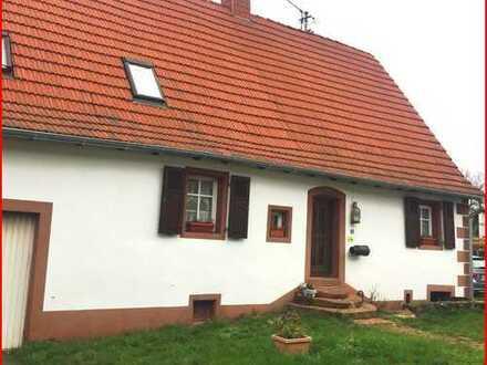 Liebevoll renoviertes Bauernhaus sucht neue Familie