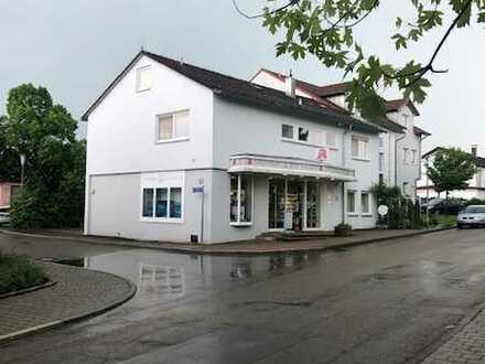 Mitten im Ort - sanierte 4,5 Zimmer-Wohnung in Rot am See!