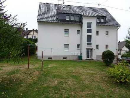 Simmern, gepflegte helle Dachgeschosswohnung