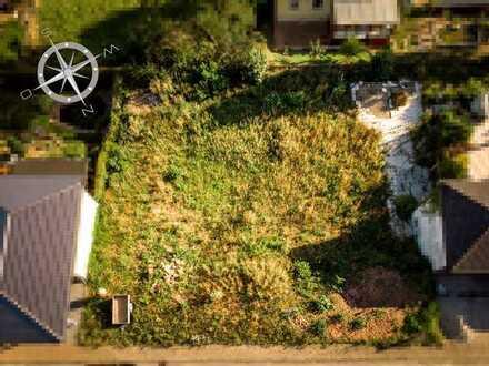 Voll erschlossenes Baugrundstück in ruhigem und sonnigen Wohngebiet zu verkaufen!