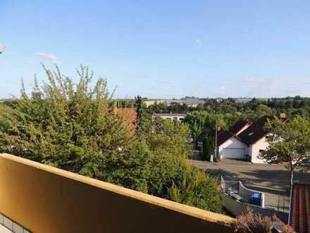 Helle, freundliche, modernisierte 4-Zimmer-Wohnung mit Balkon und Einbauküche in Bad Bergzabern
