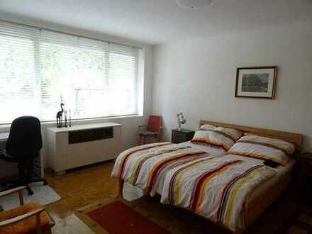 Attraktive 2-Zimmer-Wohnung mit Balkon und Einbauküche in Amberg