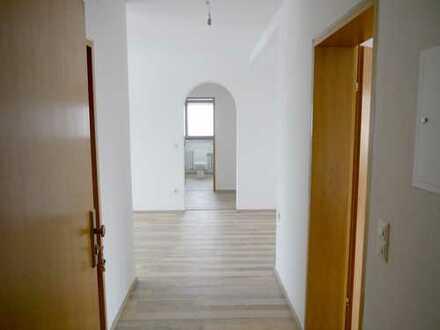 Großzügige, helle 3,5 Zimmerwohnung in Erlangen-Bruck