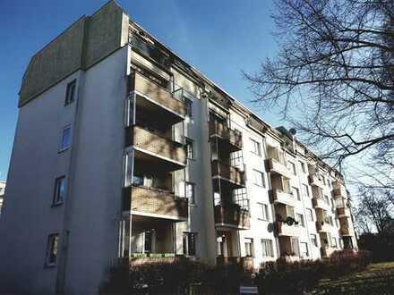 Berlin-Neukölln-Britz - 3 Zimmer - VERMIETET - Schöne Dachgeschoßwohnung mit Aufzug