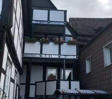 Erstbezug mit Balkon: preiswerte 4-Zimmer-Hochparterre-Wohnung in HÖXTER