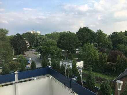 Lichtdurchflutete Wohnung mit Balkon Nähe Moerser Schlosspark