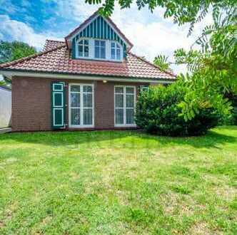 Neuer Preis für Einfamilienhaus mit Einliegerwohnung in Prerow.