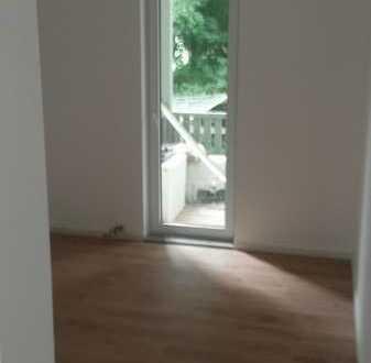 komplett neu sanierte 1,5-Raumwohnung in Ilmenau
