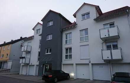Neuwertige 4-Zimmer-DG-Wohnung mit Balkon und EBK in Öhringen