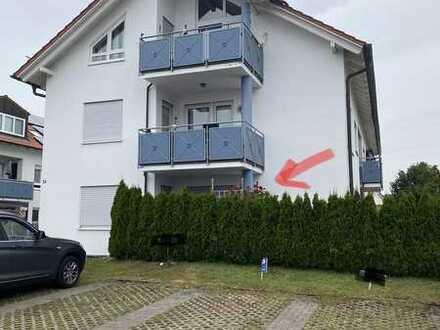Schöne 2-Zimmer-Wohnung mit EBK und Terrasse