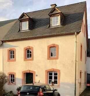 Schönes, geräumiges Haus mit fünf Zimmern in Trier-Saarburg (Kreis), Bekond