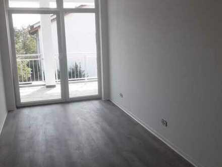 ** FRISCH SANIERT ** Kompakte 3-Zimmer Wohnung im 1. Stock (Beispielbilder)