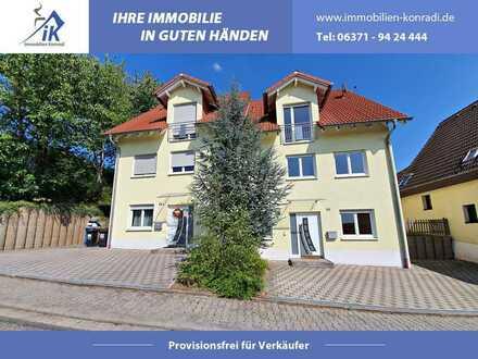 IK | Schwedelbach: Hochwertige Doppelhaushälfte mit Stellplatz und Garten