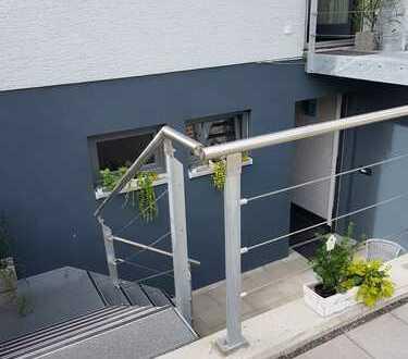 Gepflegte 1-Zimmer-Wohnung mit Balkon und Einbauküche in Jockgrim