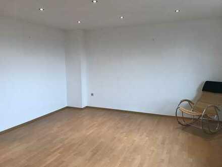 550 €, 85 m², 3,5 Zimmer