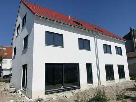 Mutterstadt - Neubau einer attraktiven Doppelhaushälfte mit ca. 145 m² Wfl. inkl. 251 m² Areal