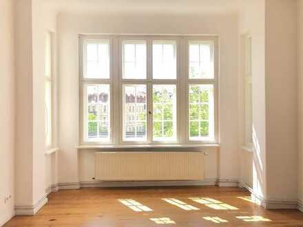 Große 4-Zimmerwohung mit zwei Balkonen