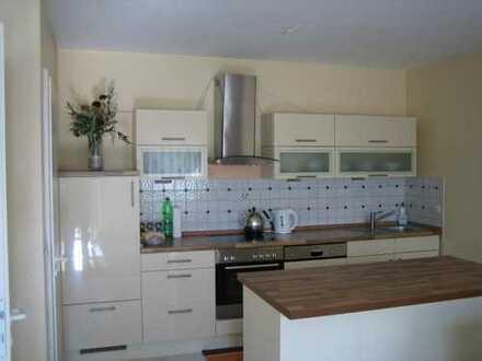 Gepflegte 2-Zimmer-Wohnung mit Balkon in Kelsterbach