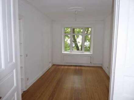 Schöne 3 Zimmer Altbauwohnung in Eppendorf