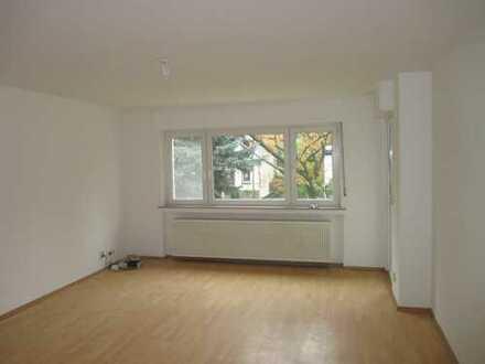4-Zimmer-Wohnung über 2 Etagen mit schönem Balkon in Top-Lage von Hürth-Efferen!