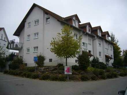 Tolle 3 Zimmer Dachgeschoss-Wohnung