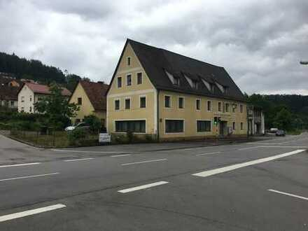 Haus Gaststätte Nebengebäude suchen Käufer